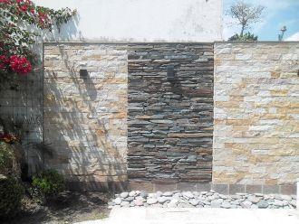 Pisan piedras naturales venta de piedras para for Decoracion paredes exteriores patios